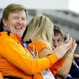 Au côté de son époux le roi Willem-Alexander des Pays-Bas, la reine Maxima a multiplié les photos le 9 février 2014 aux JO de Sotchi, lors de la victoire de la Néerlandaise Irene Wust sur 3000 mètres.