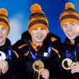 Sven Kramer, Jorrit Bergsma et Jan Blokhuizen ont réalisé un triplé dans le 5 000 mètres en patinage de vitesse aux JO de Sotchi le 8 février 2014