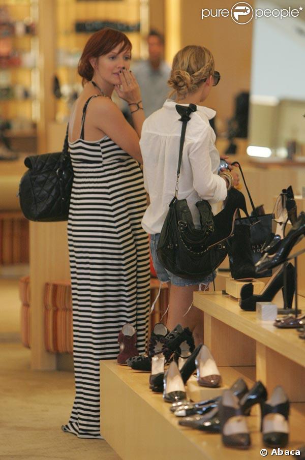 Nicole Richie et Ashlee Simpson, shopping ensemble !