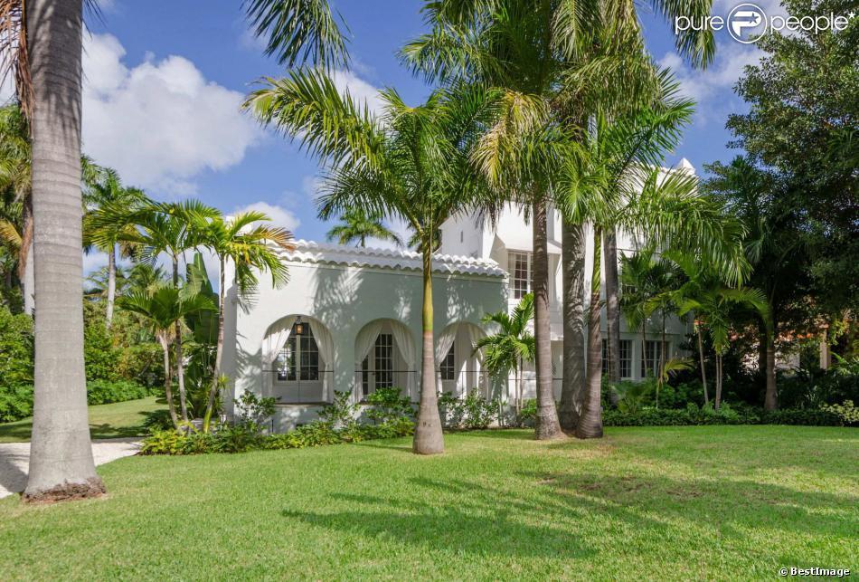 Купить дом в майами бич с пристанью