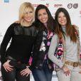 Nadège Lacroix, Adeline Blondieau et Flavie Péan de Sous Le Soleil lors du 16e Festival des créations télévisuelles de Luchon, à Luchon, le 14 février 2014