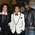 "Justin Dior Combs avec ses parents Sean ""P.Diddy"" Combs et Misa Hylton-Brim à New York, le 23 janvier 2010."