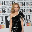 Kylie Minogue assiste aux Brit Awards 2014 à l'O2 Arena. Londres, le 19 février 2014.