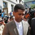 Tameka Foster et Usher se sont affrontés au tribunal de Fulton County à Atlanta, aux États-Unis, le 9 août 2013, pour la garde de leurs deux enfants   Naviyd (4 ans) et Raymond V (5 ans). L'affaire a été rejetée et le chanteur conserve la garde des garçons.