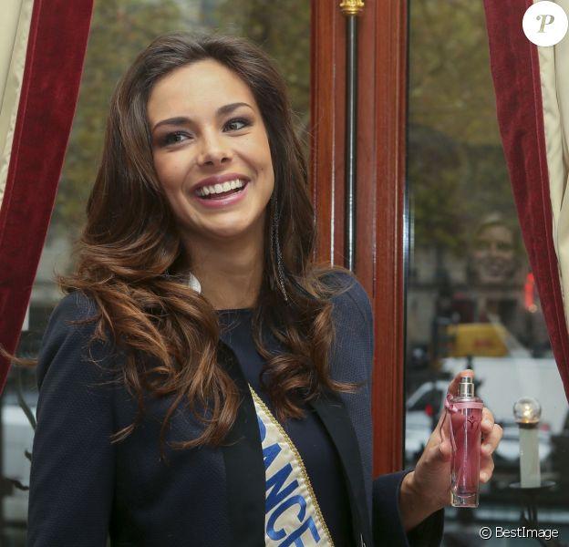 """Marine Lorphelin - Lancement de la ligne de parfum """"INESSANCE"""" Miss France. Novembre 2013."""