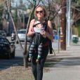 Exclusif - La jolie Malin Akerman se balade avec son fils Sebastian à Hollywood, Le 21 février 2014