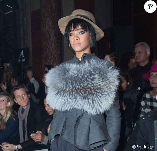 Rihanna assiste au défilé Lanvin automne-hiver 2014-2015 à l'Ecole des Beaux-Arts. Paris, le 27 février 2014.
