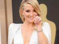 Charlize Theron et Kate Hudson, très sexy : Guerre de décolletés aux Oscars