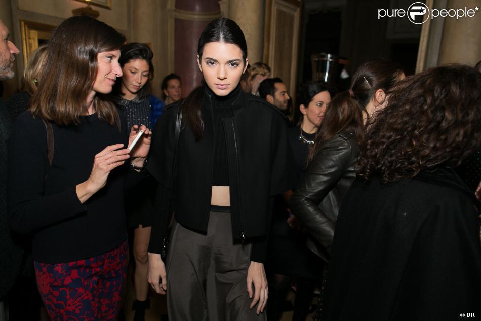 Kendall Jenner assiste à la soirée du magazine Vogue Deutsch en l'honneur de Mario Testino, au 1728. Paris, le 1er mars 2014.