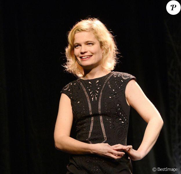 """Sarah Biasini - Filage de la pièce """"Bash"""" au Théâtre 14 à Paris le 3 mars 2014."""