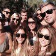 """Le selfie des """"Anges de la télé-réalité 6""""."""