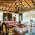 Ivana Trump a mis en vente sa sublime maison de Palm Beach pour la somme de 18,9 millions de dollars.