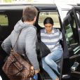 Scott Disick et Kourtney Kardashian à l'aéroport de Los Angeles, le 11 mars 2014.