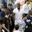 Kanye West arrive à l'aéroport de Rio de Janeiro, le 8 mars 2014.