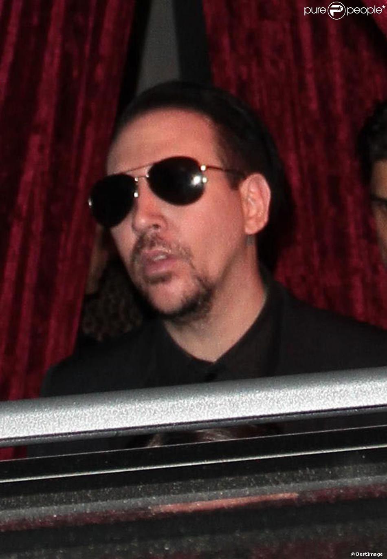 Marilyn Manson arrivant aux fiançailles de Johnny Depp et Amber Heard, organisées très discrètement, à Los Angeles, le 14 mars 2014.