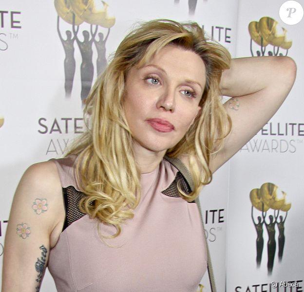 Courtney Love aux Satellite Awards à Los Angeles, le 23 février 2014.