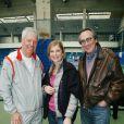 """Michèle Laroque et Philippe Lavil lors d'une journée avec l'association """"Enfant Star & Match"""" au Tennis Club de Paris le 17 mars 2014"""