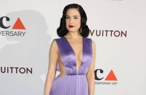 Dita Von Teese très décolletée face à Katy Perry et Jane Fonda lookées