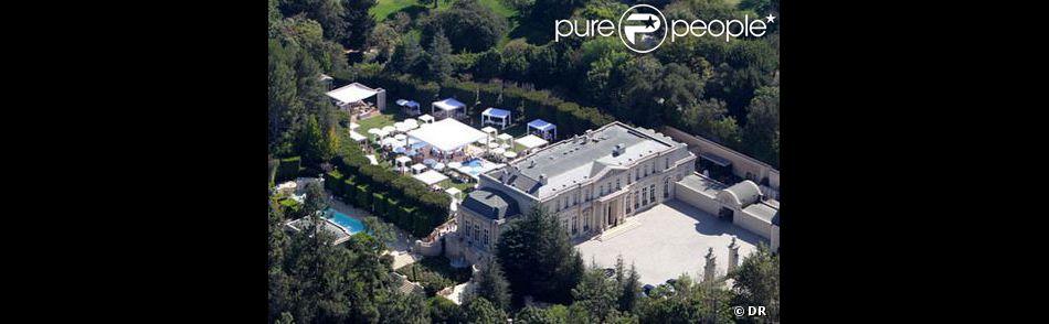 David Saperstein et son ex-épouse Suzanne ont vendu leur maison de Los Angeles pour la somme de 102 millions de dollars.
