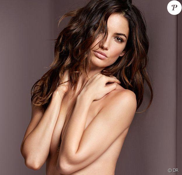Lily Aldridge présente la nouvelle collection de lingerie de la marque Victoria's Secret, été 2014.