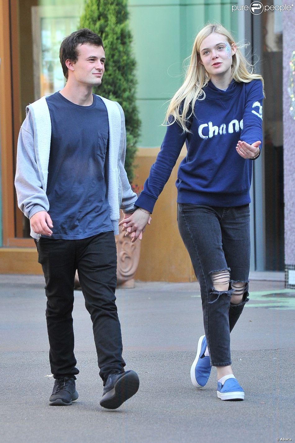 Elle Fanning And Boyfriend Elle Fanning et son boyfriend