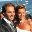 Ingrid Chauvin et Thierry Peythieu lors de leur mariage au Cap-Ferret le 27 août 2011. Le couple a eu la douleur de faire face à la mort de sa file Jade, à 5 mois, en mars 2014.