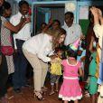 """Valérie Trierweiler lors d'un voyage humanitaire avec l'association """"Action contre la faim"""" en Inde. Le 28 janvier 2014."""
