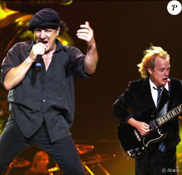 Brian Johnson et Angus Young à Sydney le 30 janvier 2001.