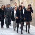 Montse Chaure et sa fille Carlota Vilanova lors des obsèques de son époux Tito Vilanova l'ex-entraîneur du Barça, en la cathédrale de Barcelone le 28 avril 2014