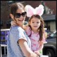 Katie Holmes et sa fille Suri à New York, le 10 avril 2010.