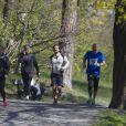 Exclusif – Le prince Carl Philip de Suède participe à la course de charité organisée par le fond Lilla Barnets pour la recheche néonatale, au parc Haga de Stockholm le 26 avril 2014.