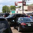 Le prince William et le prince Harry ont visité Graceland à Memphis le 2 mai 2014, à la veille du mariage de leur ami Guy Pelly avec Elizabeth Wilson. Devant l'ancienne résidence du King Elvis Presley, les fans étaient nombreux, et le service de sécurité sur les dents.