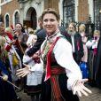 La princesse Märtha-Louise de Norvège à Londres le 17 mai 2013 en tenue traditionnelle pour célébrer la fête nationale norvégienne.