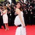 """Laetitia Casta - Montée des marches du film """"Grace de Monaco"""" pour l'ouverture du 67 ème Festival du film de Cannes – Cannes le 14 mai 2014"""