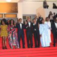 Hichem Yacoubi, Abel Jafri, Ibrahim Ahmed dit Pino, Abderrahmane Sissako, Toulou Kiki, et Fatoumata Diawara dans l'équipe du film Timbuktu au 67e Festival de Cannes, le 15 mai 2014.