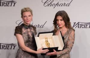 Adèle Exarchopoulos décolletée... et honorée par la reine Cate Blanchett