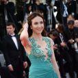 """Elsa Zylberstein à la montée des marches du film """"Deux jours, une nuit"""" lors du 67 ème Festival du film de Cannes le 20 mai 2014."""