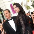 """L'ancien ministre Eric Besson et son épouse Yasmine Tordjman - Montée des marches du film """"The Search"""" lors du 67e Festival du film de Cannes le 21 mai 2014"""