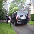 Kim Kardashian, Kanye West et leurs invités arrivent au château de Wideville, propriété de Valentino. Crespières, le 23 mai 2014.