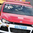 Pierre Casiraghi a fait ses débuts de pilote sur circuit lors de la première course de la saison de Scirocco R-Cup à Hockenheim, en Allemagne, sous le regard de sa compagne Beatrice Borromeo, le 4 mai 2014