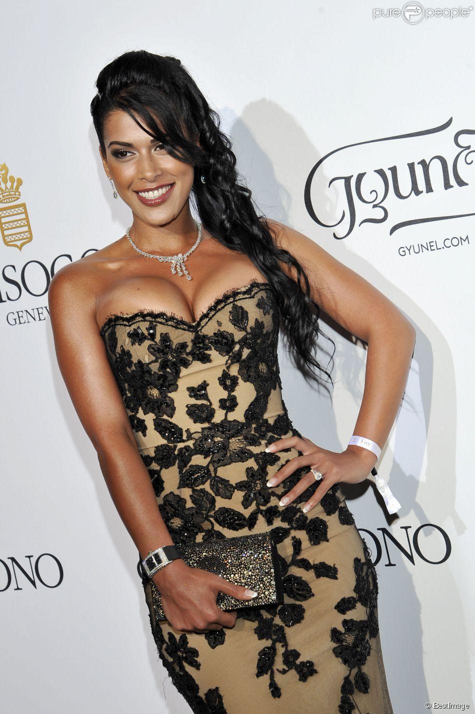Ayem Nour au photocall de la soirée de Grisogono à l'hôtel Eden Roc au Cap d'Antibes lors du 67e Festival du film de Cannes, le 20 mai 2014
