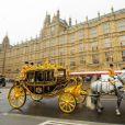 La reine a étrenné son tout nouveau carrosse. Image de la cérémonie d'inauguration du Parlement par la reine Elizabeth II, le 4 juin 2014 au palais de Westminster, à Londres. Le rendez-vous rituel au cours duquel la monarque présente l'agenda politique du gouvernement.