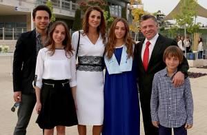 Rania de Jordanie, maman émue: la princesse Iman diplômée, sa famille très fière