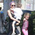 Exclusif - Nicole Richie en compagnie de ses enfants Harlow et Sparrow dans une salle de gym à Los Angeles le 2 juin 2014.