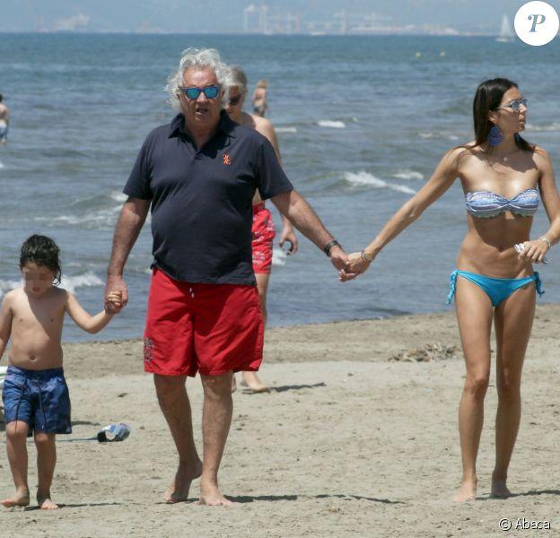 Flavio Briatore et sa femme Elisabetta Gregoraci ont profité avec leur fils Nathan du soleil et de la plage de Marina Di Pietrasanta, le 4 juin 2014