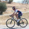 Premiers tours de roue pour Pippa Middleton lors du départ de l'équipe de la Michael Matthews Foundation pour la 33e Race to America, le 14 juin 2014 à Oceanside, San Diego (Californie). Le début d'un périple extrême de près de 5 000 km en huit jours, que seuls les plus costauds peuvent réussir à accomplir.