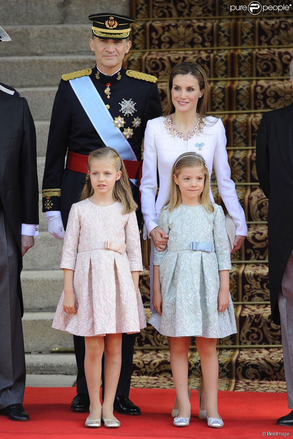 Proclamacion rey Felipe VI - Página 2 1512469-le-roi-felipe-vi-la-reine-letizia-950x0-2