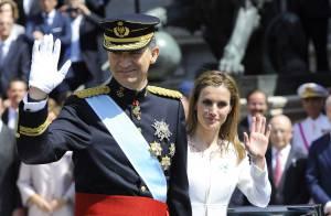 Felipe VI : Nouveau roi d'Espagne sacré devant Letizia et leurs filles