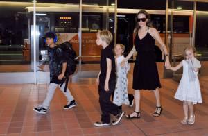 Angelina Jolie au Japon avec Pax, Shiloh et les jumeaux Knox et Vivienne !