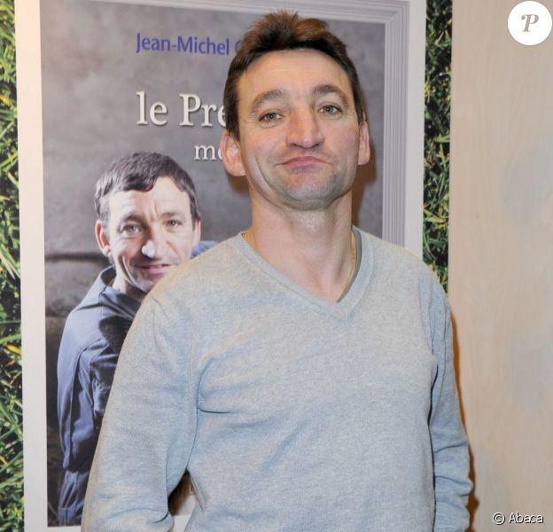 Jean-Michel Claveau à la 33e édition du Salon du Livre, porte de Versailles à Paris, le 22 mars 2013.